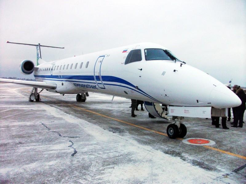 Embraer E-145